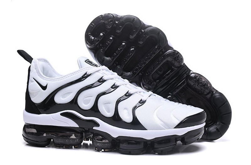 buy online 6ad5a 7efd0 New 2018 Cheap Nike Air VaporMax Plus Black White Trainers ...