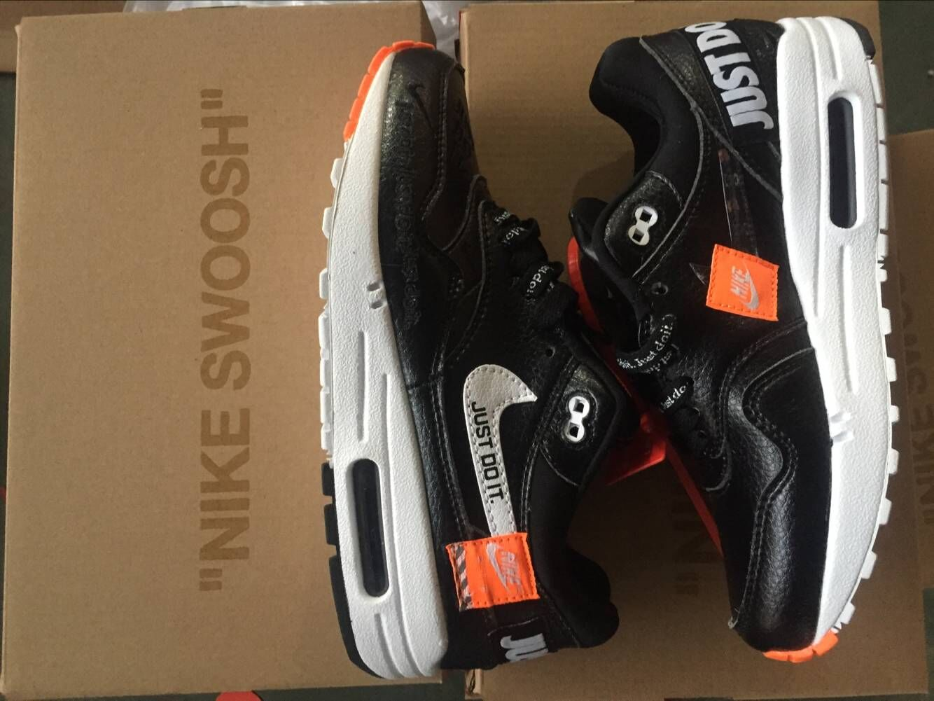Nike Air Max 1 87 Just Do it Black White Orange