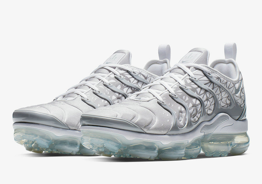 Nike Air VaporMax Plus 924453-106 Silver White
