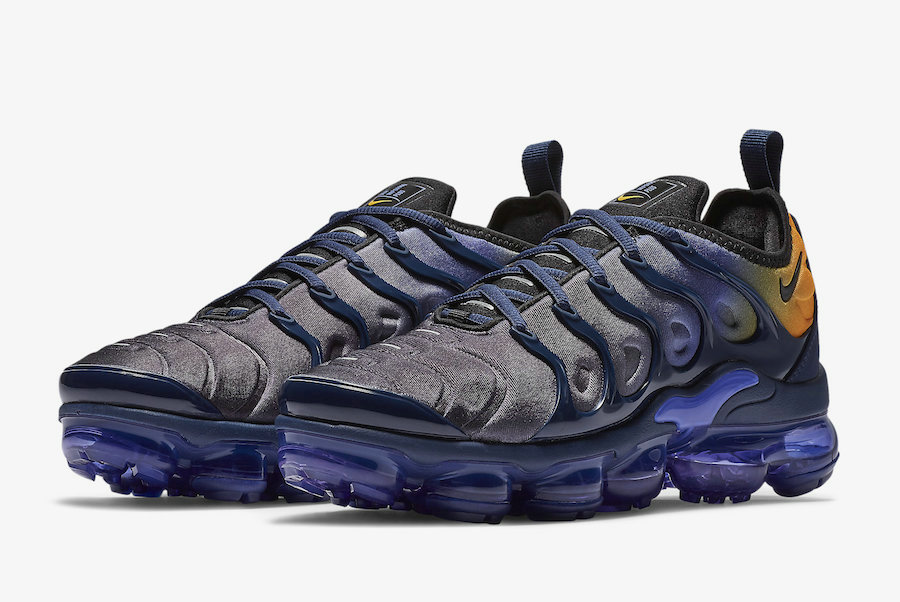 Nike Air VaporMax Plus Blue Orange AO4550-500