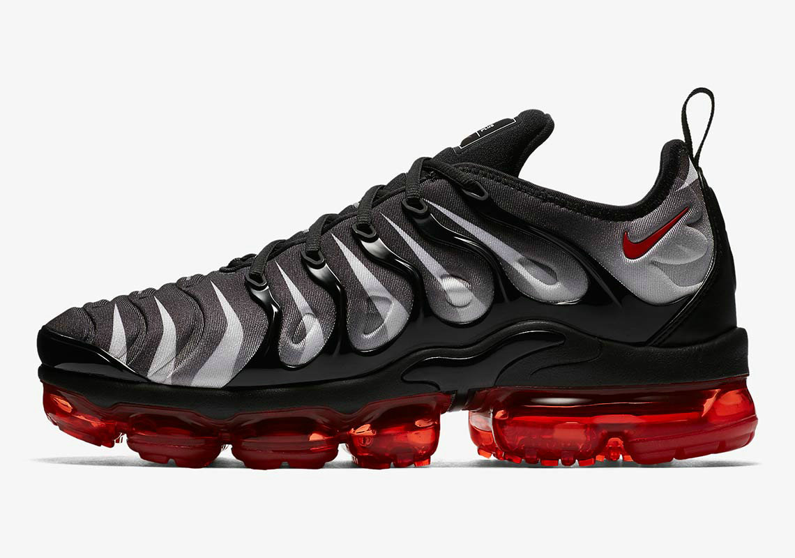 Nike VaporMax Plus Black White Speed Red AQ8632-001