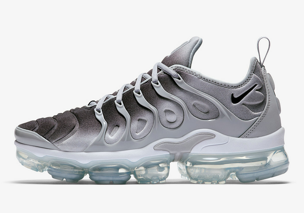 Nike VaporMax Plus Wolf Grey Black-White 924453-007