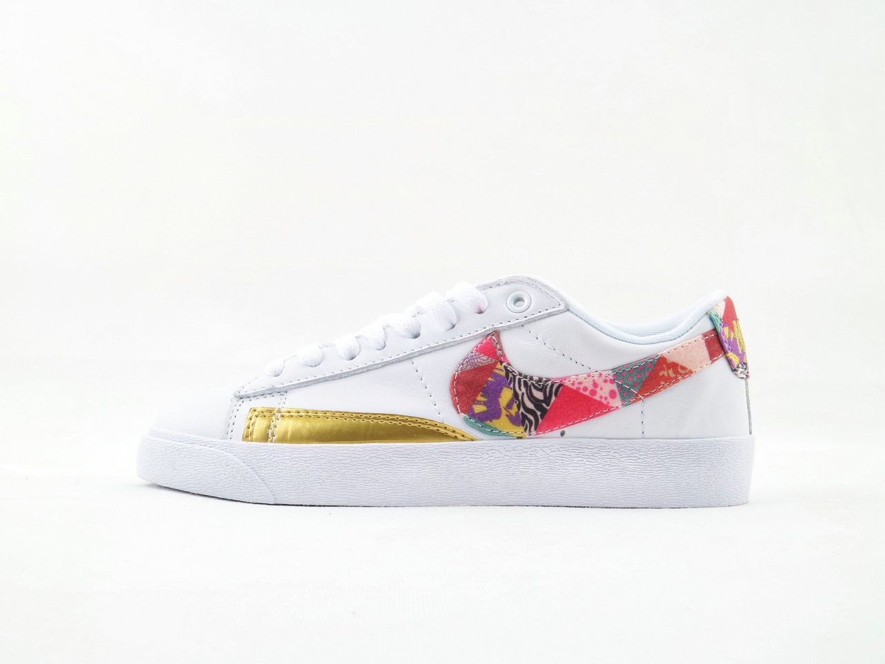 Where To Buy Cheap Nike Wmns Blazer Low LE Chinese New Year BV6655-116
