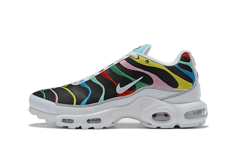Where To Buy Womens Nike Air Max Plus 'International Flag Unisex Running Shoes AQ5117-100
