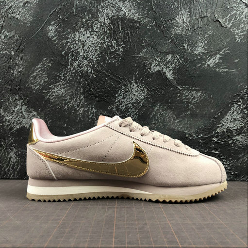 Womens 2019 Cheap Nike Classic Cortez SE Diffused Taupe Gold Gum Shoes 902856-204