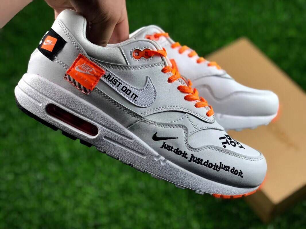 Womens Nike Air Max 1 Master Deluxe White Orange Black Just Do It